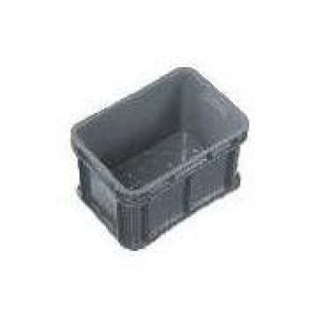 IH017 Crate 20lt Solid Sides, Drainage Holes in Base