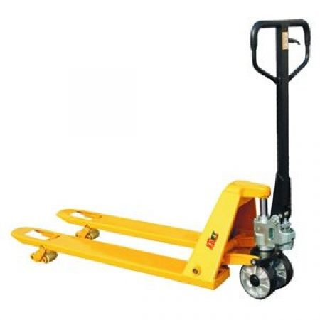 Pallet Truck: Low Profile 685mm W